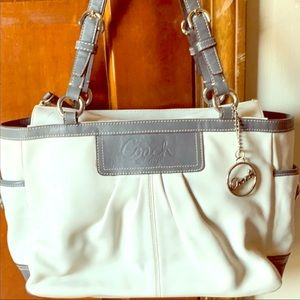 Coach White/Grey Leather Tote Bag